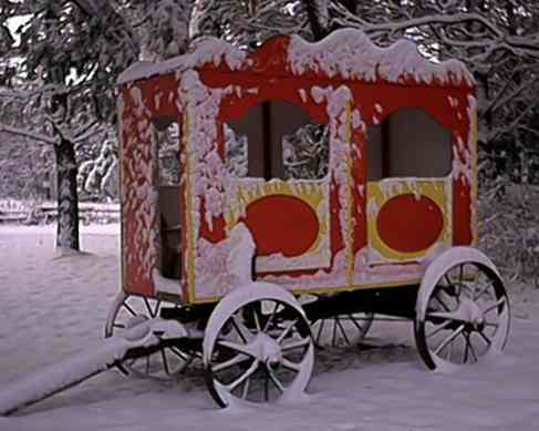 Circus Wagon- winter